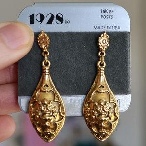 VIntage 1928 GOLD romantic drop EARRINGS
